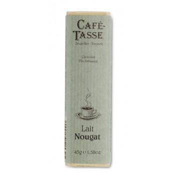 Milk chocolate bar & Nougat pieces